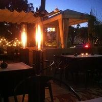 Снимок сделан в Crescent Hotel Beverly Hills пользователем andy k. 7/25/2012