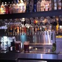 Das Foto wurde bei Henry's 12th Street Tavern von Gabe G. am 2/28/2012 aufgenommen
