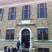 2/18/2012 tarihinde Tori R.ziyaretçi tarafından Psychology Building'de çekilen fotoğraf