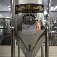 Foto tirada no(a) Cervejaria Baden Baden por Vanessa em 8/2/2012