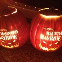 Das Foto wurde bei Los Angeles Haunted Hayride von Jeff R. am 10/20/2013 aufgenommen