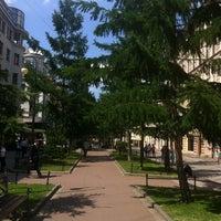 Снимок сделан в Андреевский бульвар пользователем Misha K. 6/4/2013