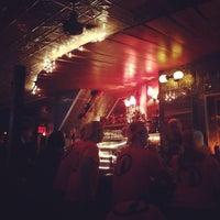 Das Foto wurde bei Barramundi Bar von Nirmal K. am 10/18/2013 aufgenommen