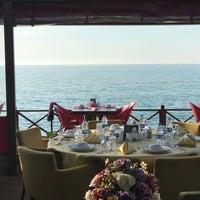 6/4/2017にHalil AydoğanがTaçmahal Et Balık Restorantで撮った写真