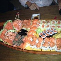 Foto tirada no(a) Mirai Japanese Cuisine por Luciana V. em 4/4/2013