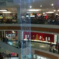 Foto diambil di Boulevard Shopping oleh Marcio S. pada 12/27/2012