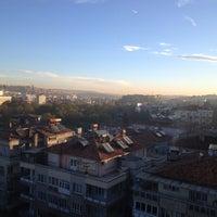 Das Foto wurde bei Tuğcan Hotel von Carlo T. am 12/5/2012 aufgenommen