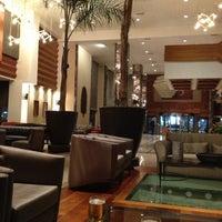 Das Foto wurde bei Tuğcan Hotel von Carlo T. am 12/4/2012 aufgenommen