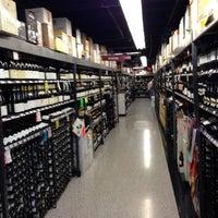 Снимок сделан в Spec's Wines, Spirits & Finer Foods пользователем Gary C. 10/27/2012