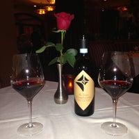 5/18/2013에 Craig M.님이 Ferraro's Italian Restaurant & Wine Bar에서 찍은 사진