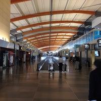 Foto tirada no(a) Raleigh-Durham International Airport (RDU) por Bob C. em 11/9/2013
