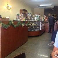 Das Foto wurde bei Munik Chocolates von Carlos N. am 11/27/2012 aufgenommen