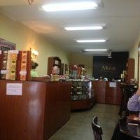 Das Foto wurde bei Munik Chocolates von Carlos N. am 1/16/2013 aufgenommen