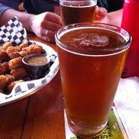 Photo prise au Station Tavern & Burgers par Zach S. le4/13/2013