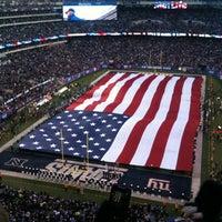รูปภาพถ่ายที่ MetLife Stadium โดย Su L. เมื่อ 11/5/2012