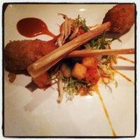 Foto diambil di Restaurant Blauw oleh Ronald K. pada 12/7/2012