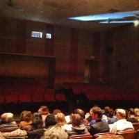 Foto diambil di Playwrights Horizons oleh Chad K. pada 3/9/2013