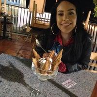 Foto tirada no(a) Genoveva's Fine Mexican Food & Grill por Brittany Elizabeth em 4/28/2014