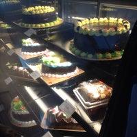 Mer,Nel\u0027s Cake House , Bakery