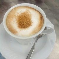 Foto scattata a Caffe Club da Marta P. il 8/29/2014