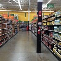 Снимок сделан в Walmart Supercenter пользователем Helen D. 3/2/2013
