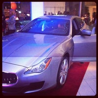 Foto scattata a Maserati of Manhattan da Michael G. il 4/3/2013