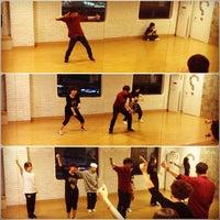 Foto scattata a WithBill Dance Academy da Thomaz C. il 4/27/2013