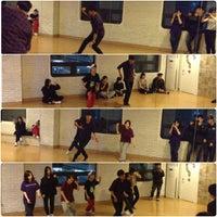 Foto scattata a WithBill Dance Academy da Thomaz C. il 4/13/2013