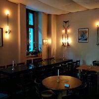 Das Foto wurde bei Café Jacques von Dylan C. am 9/21/2015 aufgenommen
