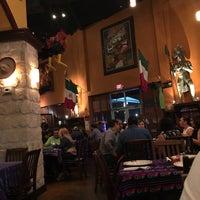 รูปภาพถ่ายที่ Mi Pueblito Restaurant Bar & Grill โดย Monica d. เมื่อ 3/5/2016