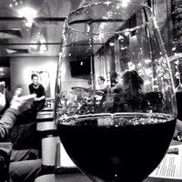 Foto diambil di Bar Thalia oleh Jim H. pada 2/4/2014