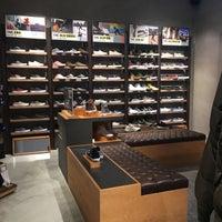0eba5b5355af8d Vans store - Buenos Aires - Venezia - 2 consigli da 53 visitatori