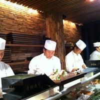 Photo prise au Blue Ribbon Sushi Izakaya par Scott P. le9/22/2012