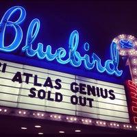 Photo prise au Bluebird Theater par Lindsay J. le6/1/2013