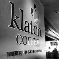 Foto scattata a Klatch Coffee da Brant C. il 3/6/2013