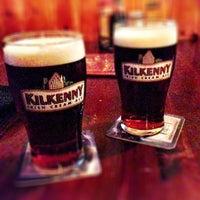 Foto tirada no(a) The Chieftain Irish Pub & Restaurant por Stephan L. em 1/15/2013