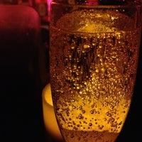 Das Foto wurde bei Plunge Rooftop Bar & Lounge von Christina S. am 3/28/2013 aufgenommen