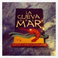 Foto diambil di La Cueva Del Mar oleh Alberto L. pada 3/1/2013