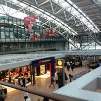 Das Foto wurde bei Hamburg Airport Helmut Schmidt (HAM) von Mike S. am 9/23/2012 aufgenommen