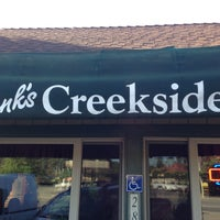 Das Foto wurde bei Hank's Creekside Restaurant von Jonathan J. am 4/21/2013 aufgenommen