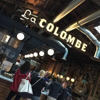 Photo prise au La Colombe Coffee Roasters par Sherry K. le6/2/2015