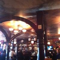 3/2/2013にAshley V.がKilkennys Irish Pubで撮った写真