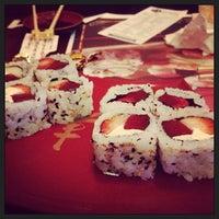Foto tirada no(a) Kumo Sushi por Ana V. em 7/20/2013