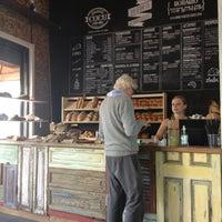 รูปภาพถ่ายที่ Boulangerie Cocu โดย Violeta D. เมื่อ 3/24/2013
