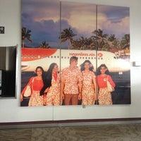 Das Foto wurde bei USO Hawaii's Airport Center von Donald P. am 12/5/2012 aufgenommen