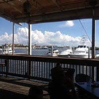 รูปภาพถ่ายที่ Hula Bay Club โดย Hank G. เมื่อ 9/30/2012