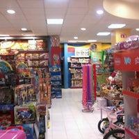 Foto tomada en Sears por Luis H. el 12/17/2012
