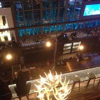 10/5/2013 tarihinde Joy S.ziyaretçi tarafından The Lodge Bar + Grill'de çekilen fotoğraf