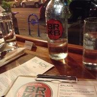 Снимок сделан в Black Rock Kitchen & Bar пользователем Joy S. 12/8/2012