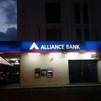 Foto scattata a Alliance Bank da Hana . il 8/9/2014